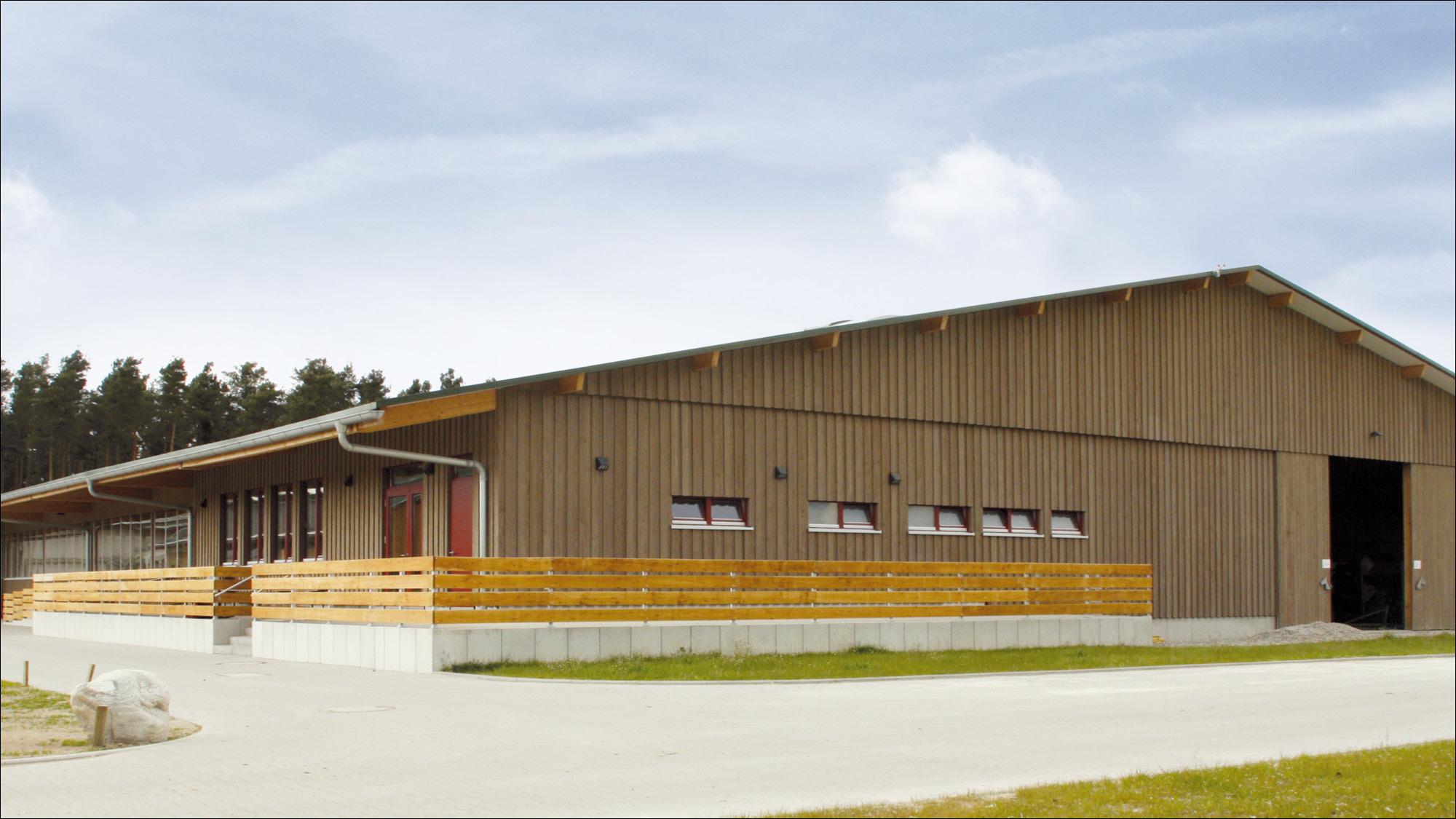 hubertushof-freitag-pferdestallungen-reithalle-2012-01